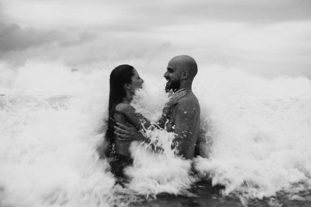 dovádění ve vlnách